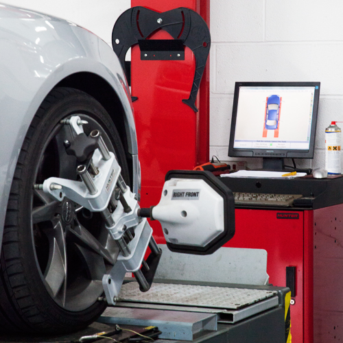 Wheel alignment garage